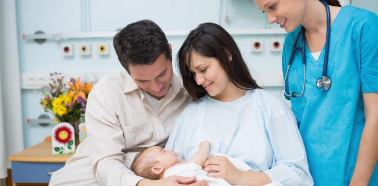 Úskalí práce soukromé porodní asistentky